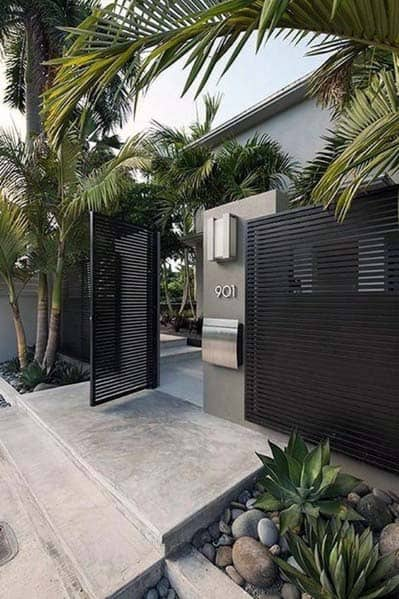 Modern Black Painted Metal And Stainless Steel Front Yard Fence Design Inspiration