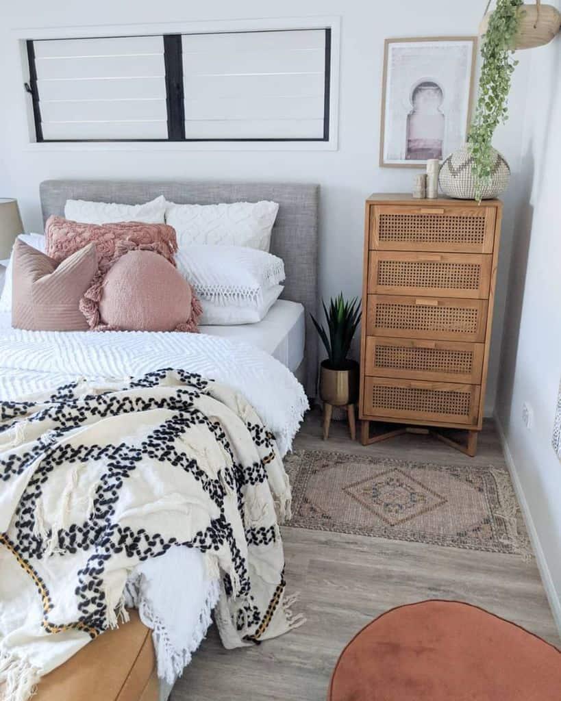 modern boho bedroom ideas thedustypoppy
