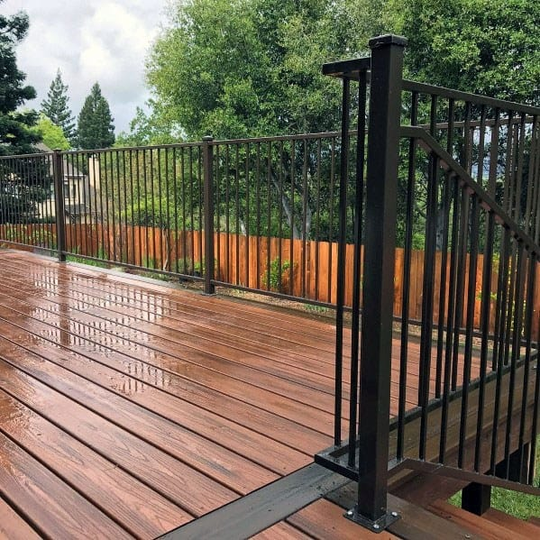 Modern Cool Metal Deck Railing