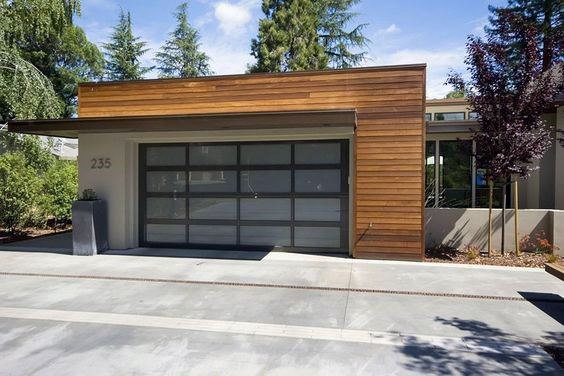 Modern Detached Garage Design Inspiration
