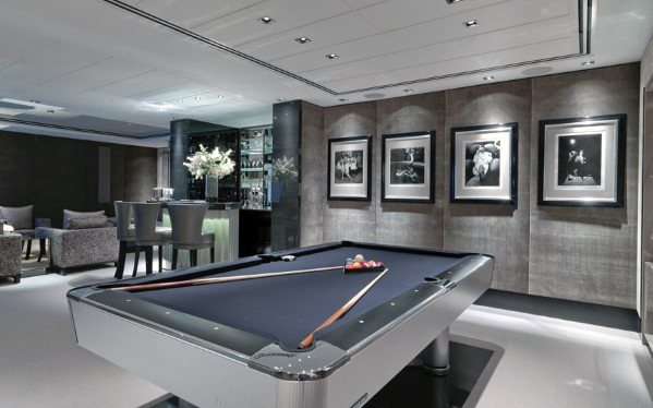 Modern Home Billiard Room Wall Decor Ideas