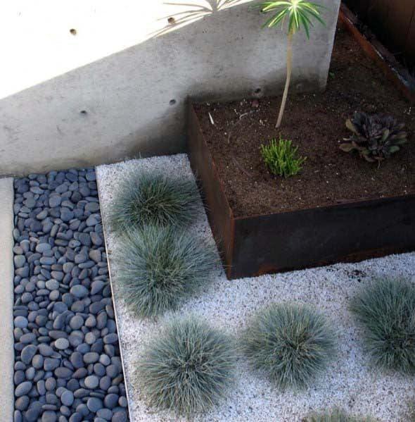 Modern Home Exterior Gravel Landscaping