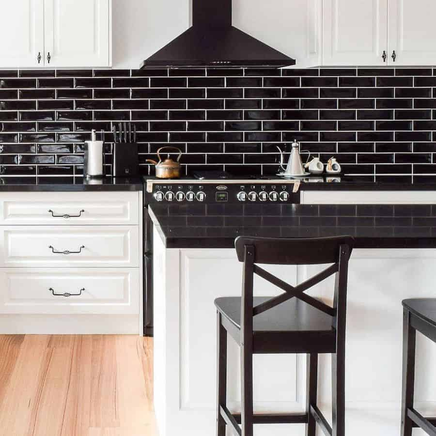 modern kitchen tile backsplash ideas 2 one.tripledecor