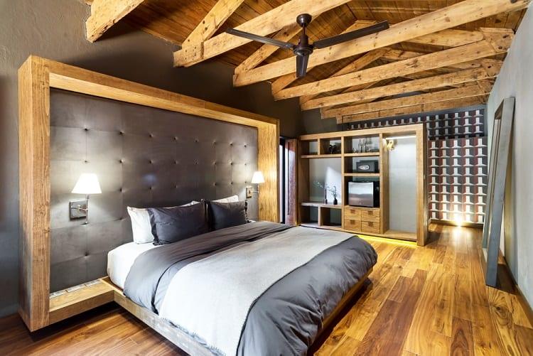 Modern Luxury Bedroom Beam Ceiling