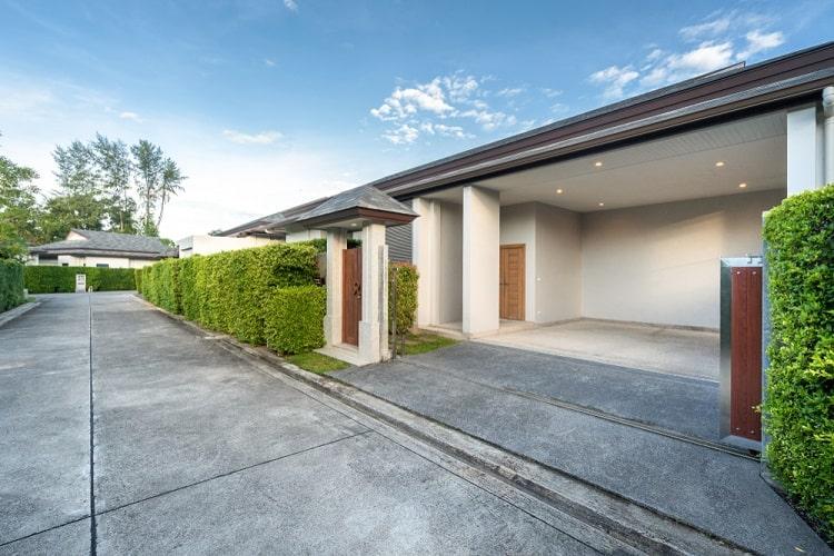 Modern Luxury Villa Attached Carport