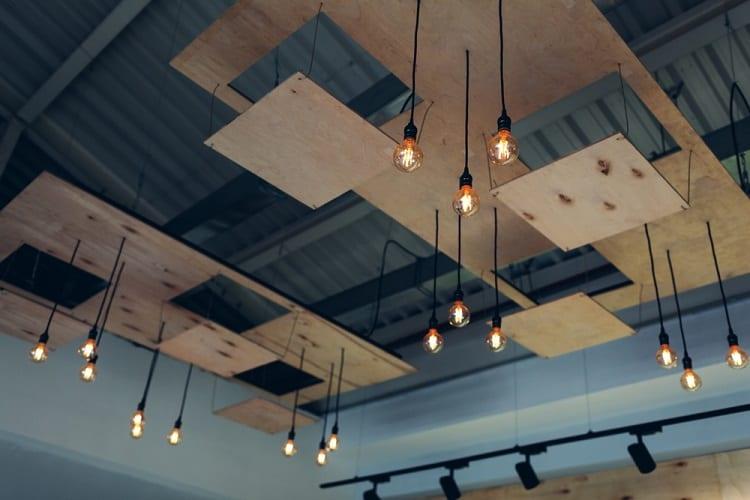Modern Restaurant Floating Ceiling