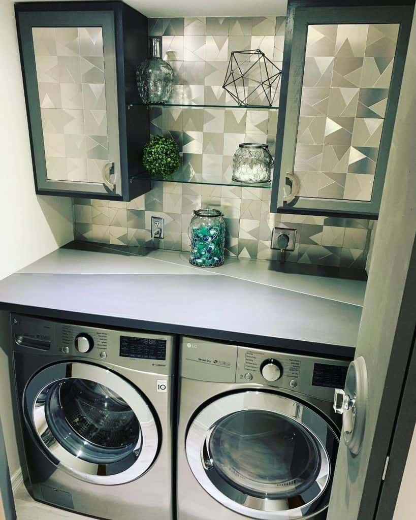 Modern Small Laundry Room Killhershey