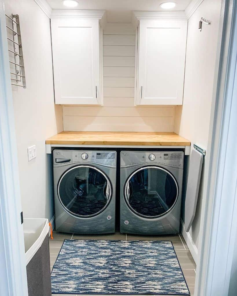Modern Small Laundry Room Mollyklifestyle