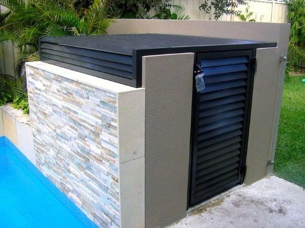 Modern Stone And Stucco Pool Equipment Enclosure Ideas