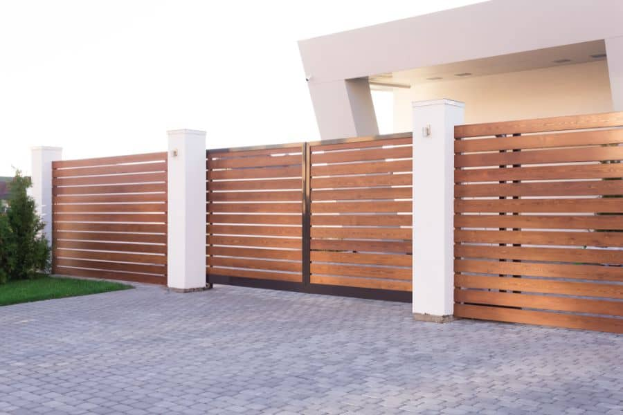 Modern Wood Fence Ideas (2)