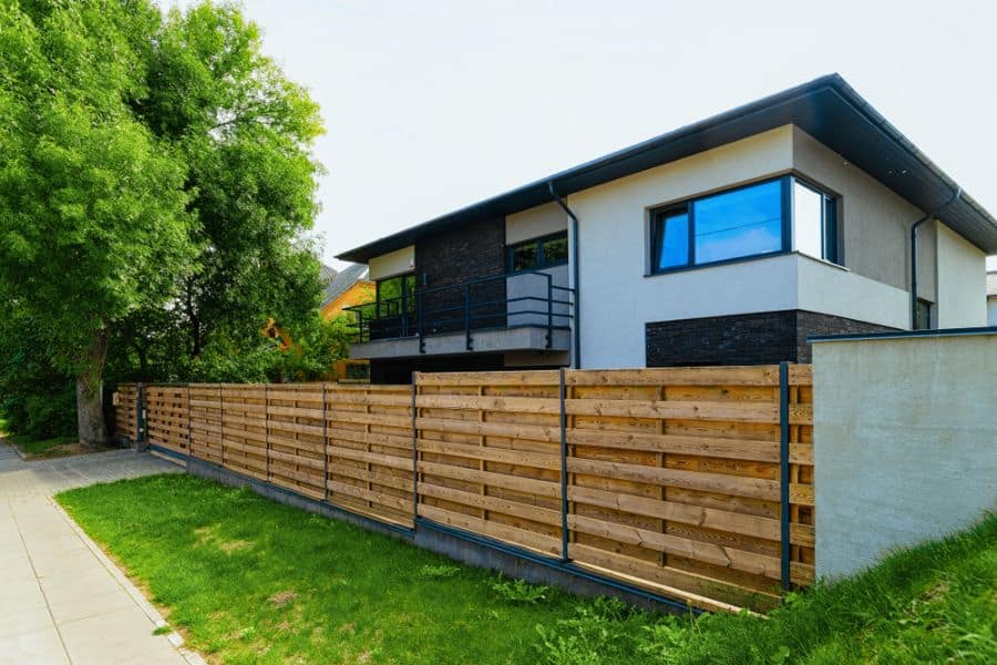 Modern Wood Fence Ideas (7)