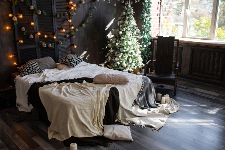 moody romantic bedroom ideas 1