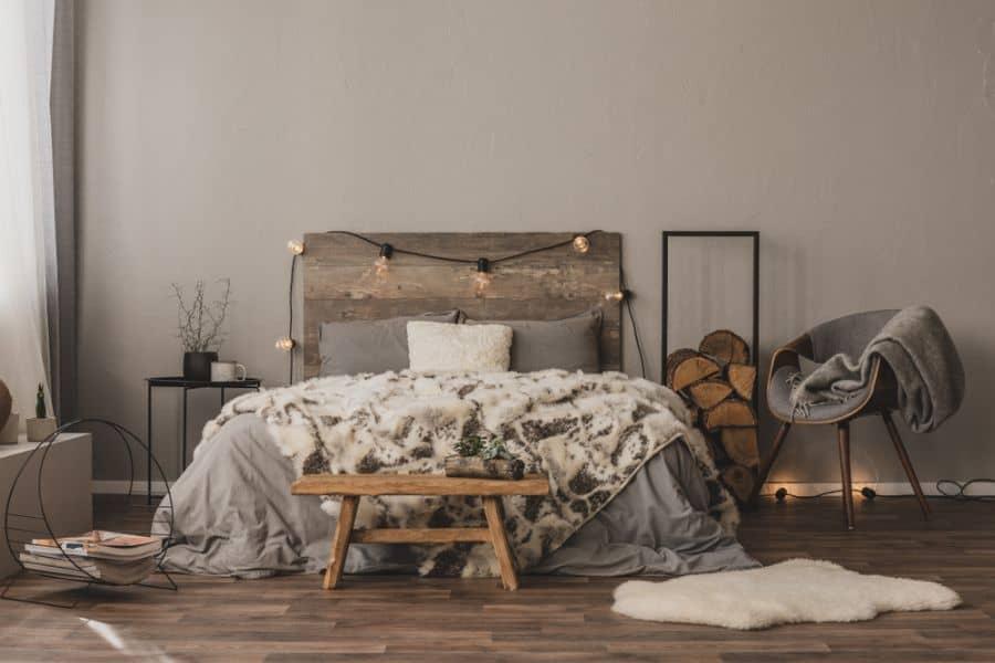 moody romantic bedroom ideas 3