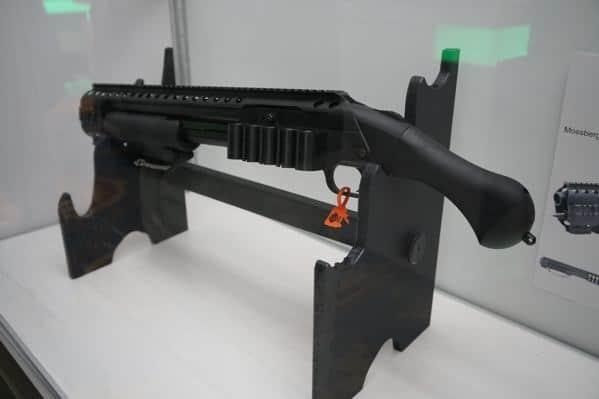 Mossberg Shotgun Rail