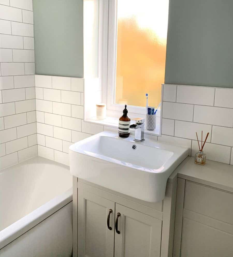 Muted Color Small Bathroom Paint Ideas Athomeinyork