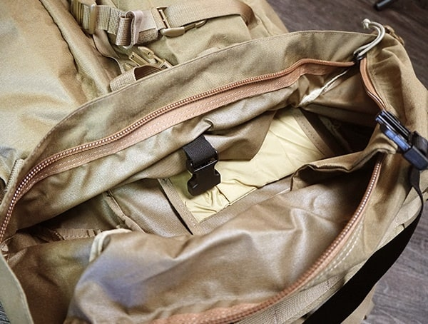 Mystery Ranch Marashall Area For Sleeping Bag