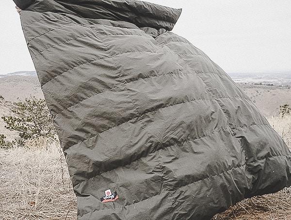 Nanga Kevlar Takibi Kake Futon Down Blanket Review For Camping Outdoors