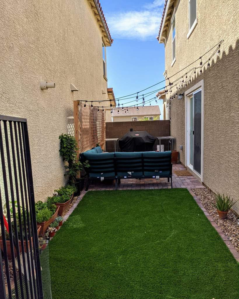 narrow backyard small backyard ideas striderz321