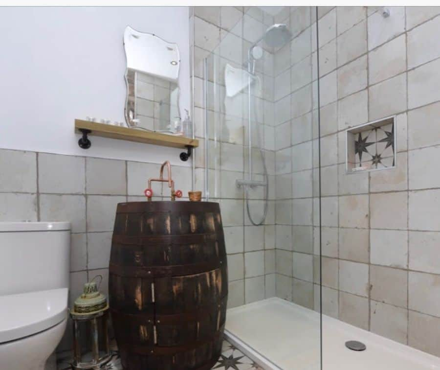 Narrow Small Shower Ideas Madelainehewitson