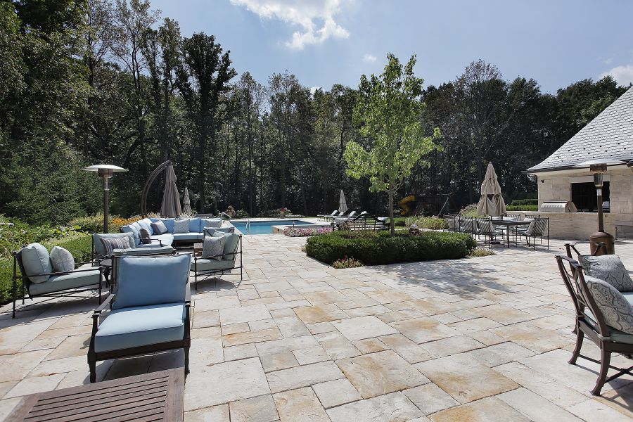 Natural Stone Pavers Pool Deck Ideas 7