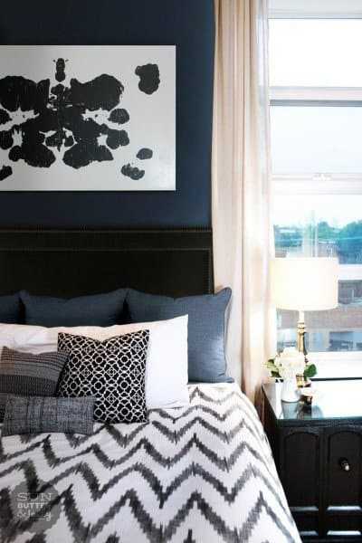 Navy Bedroom Wall Color Design Idea With White Decor