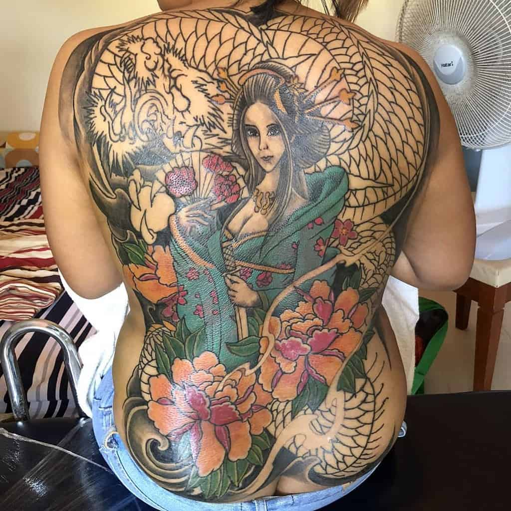 Neotraditional Full Backdragon Japanese Geisha Tattooo