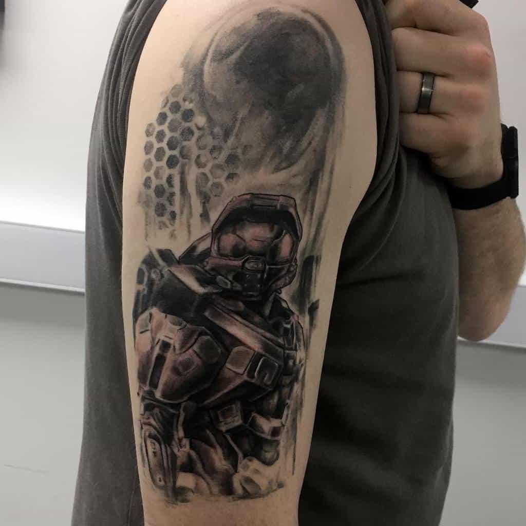 nerd-realism-healed-gamer-master-chief-halo-tattoo-jacknealdraws