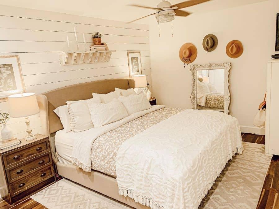 neutral farmhouse bedroom ideas fauxfarmfixer