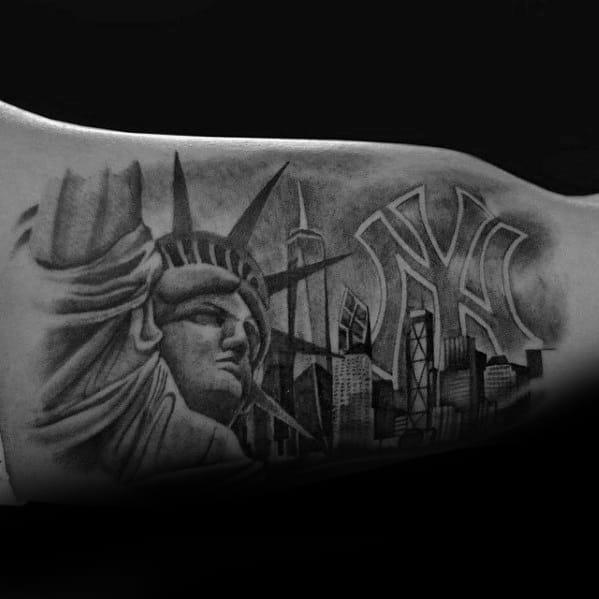 60 new york skyline tattoo designs for men big apple ink ideas. Black Bedroom Furniture Sets. Home Design Ideas