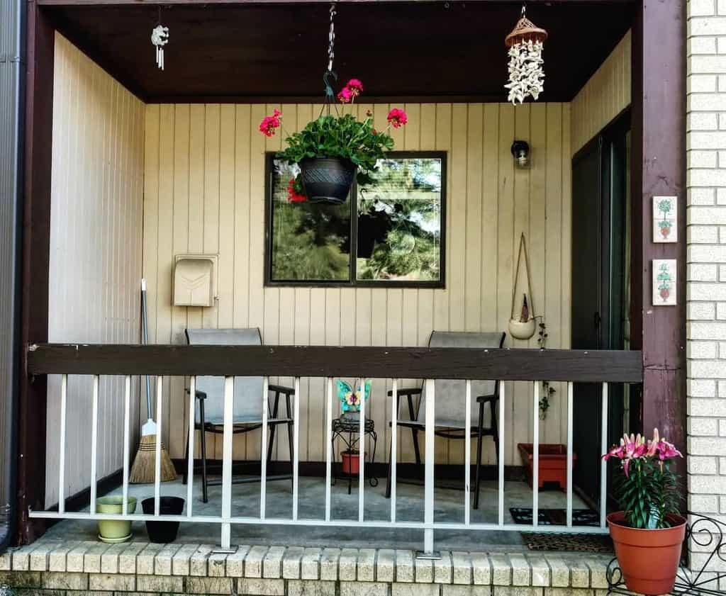 Balcony apartment patio ideas samusurilio