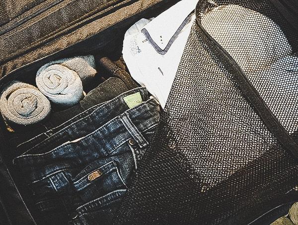 Ogio Alpha Convy 522s Travel Bag Review Interior Storage Space