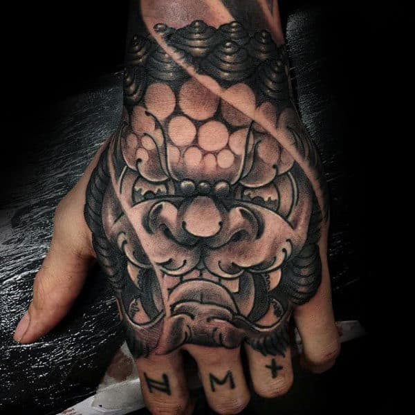 Old School Guys Foo Dog Hand Tattoo Ideas
