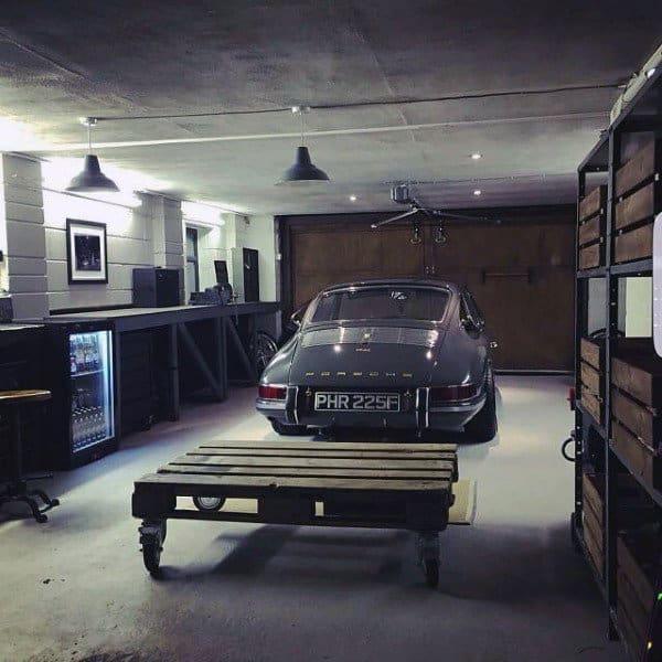 Old School Porsche Dream Garage