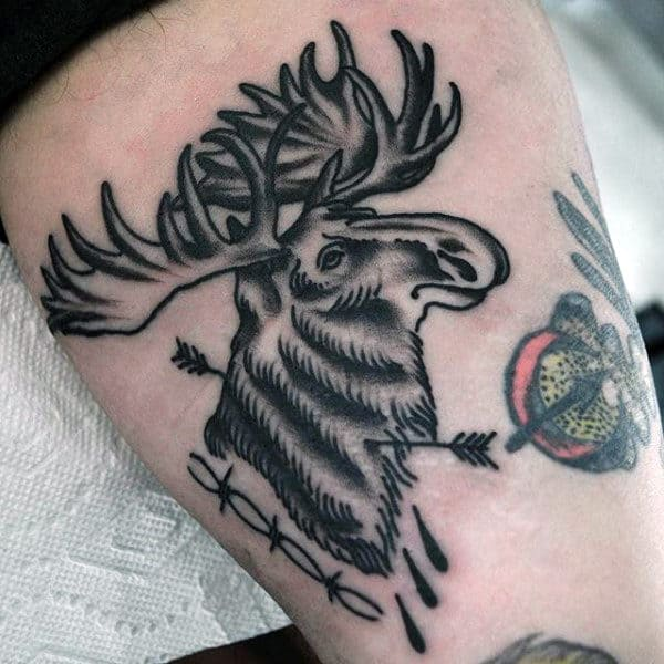 Old School Thigh Black Ink Moose With Arrow Male Tattoo Ideas