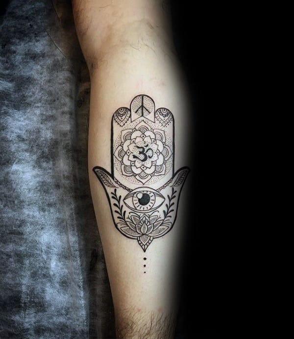 Fatima hand tattoo männer