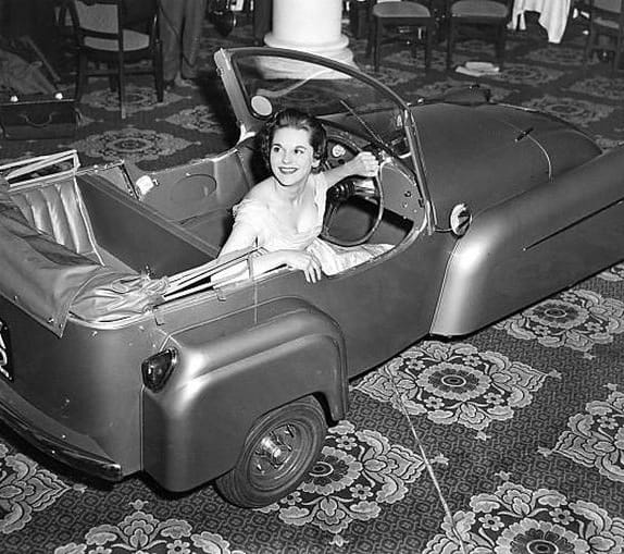 Open Top Strange Vintage Futuristic Cars