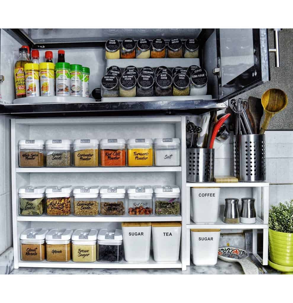 organizing small pantry ideas her.candid.canvas