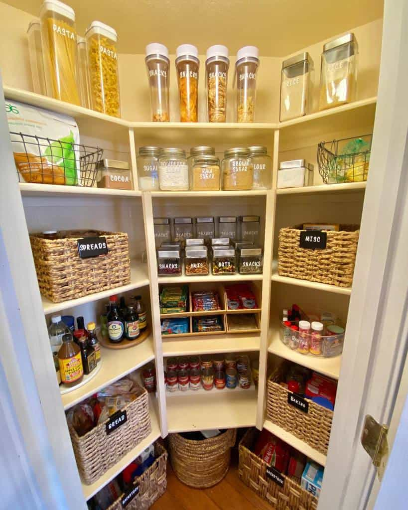 organizing small pantry ideas morethanneat