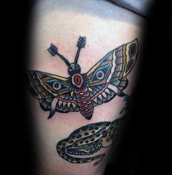 Ornate Mens Moth Traditional Thigh Tattoos