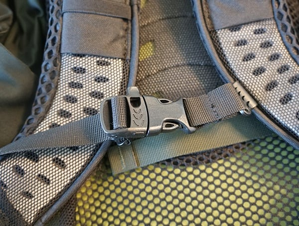 Osprey Aether Ag 85 Review Sternum Strap