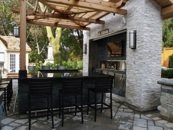 Outdoor Bar Design Ideas