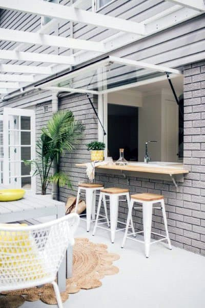 Outdoor Kitchen And Bar Ideas