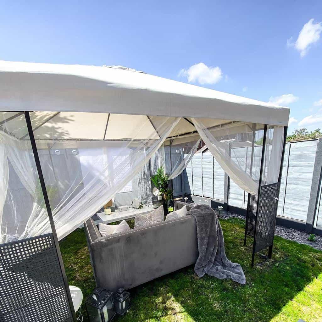 outdoor patio privacy ideas homebycullen