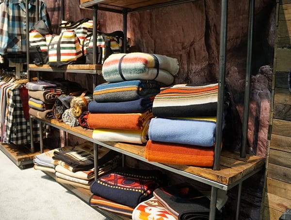 Outdoor Retailer Pendelton Wool Blankets Winter Market 2018