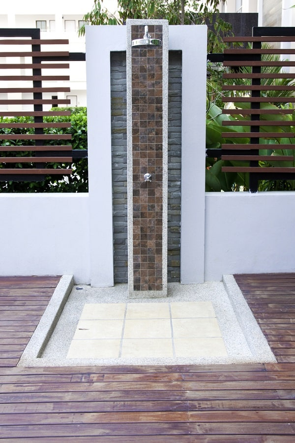 Outdoor Shower Floor Ideas
