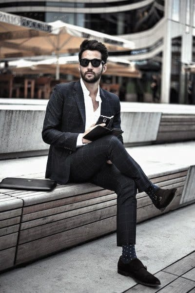 Outfit Ideas For Gentlemen Navy Blue Suit Style