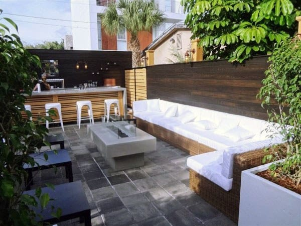 Outside Bar Design Ideas