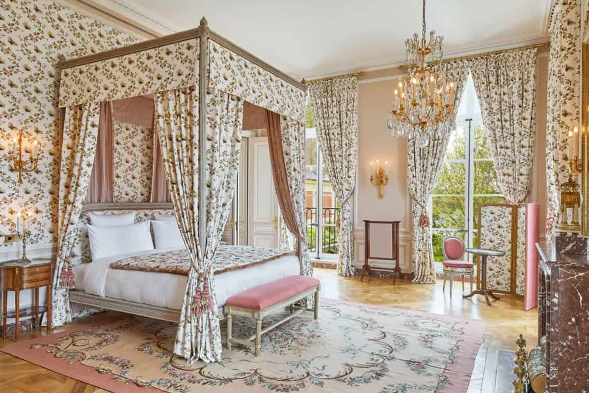 palace-of-versaille-le-grand-controle-hotel-6