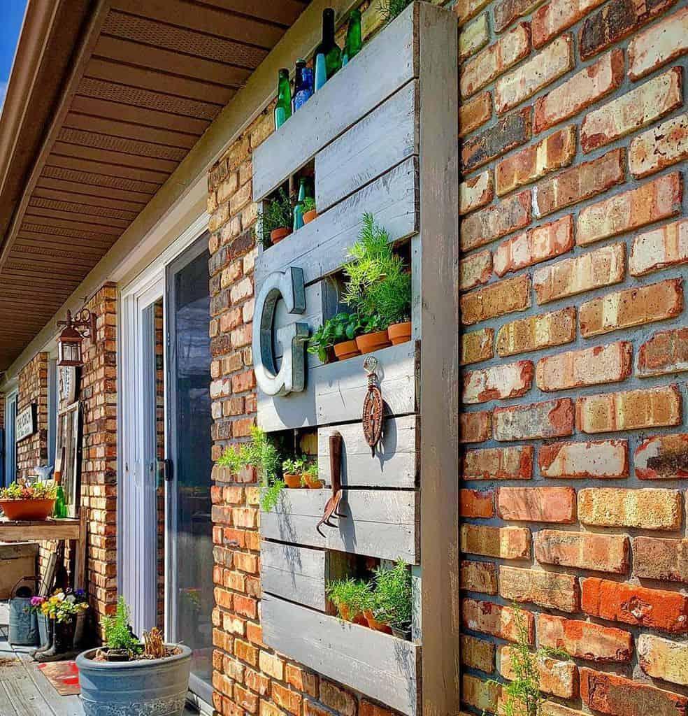 pallet herb garden ideas saycheesewithgrace