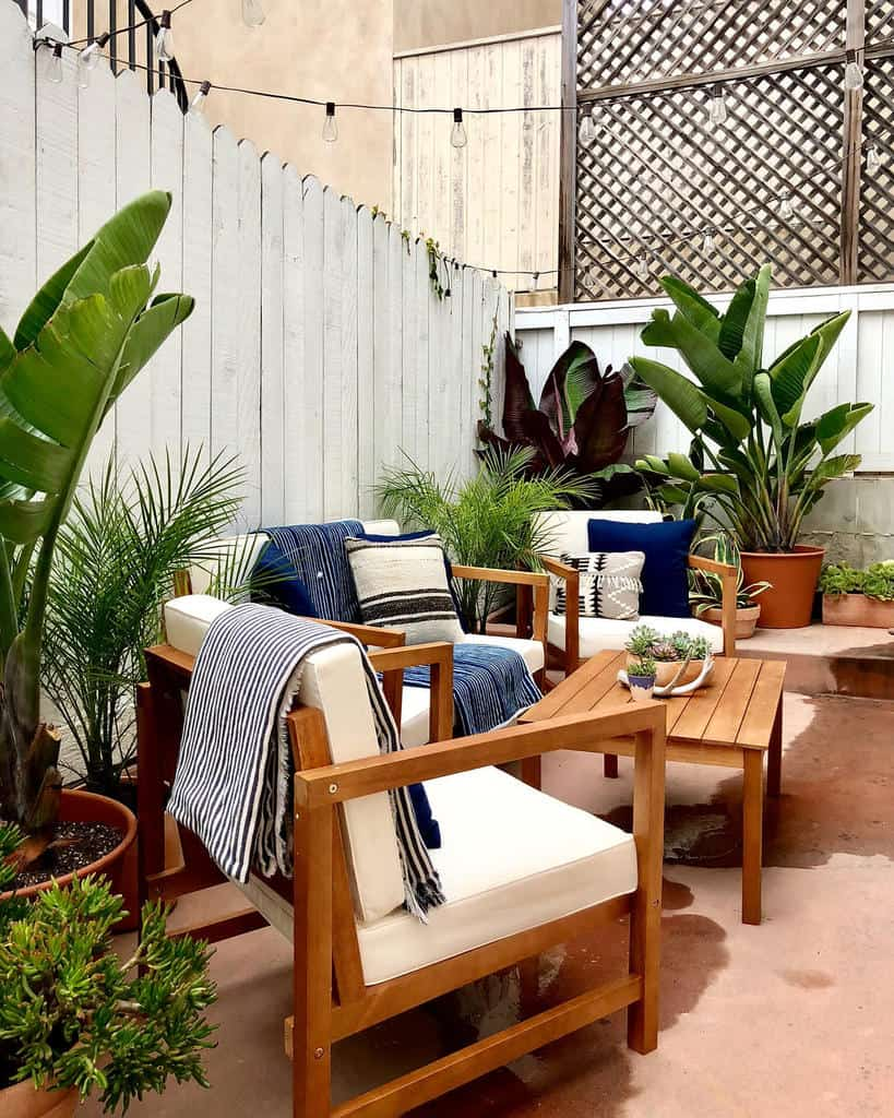 patio furniture small backyard patio ideas radical_botanical